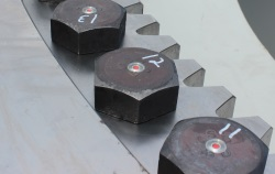 Heavy-duty SmartBolts are numbered in order to follow a carefully planned tightening sequence.